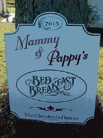 Mammy & Pappy's Sign